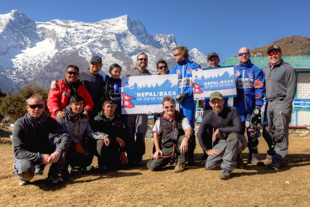 The crew and the clients of Everest Skydive 2105