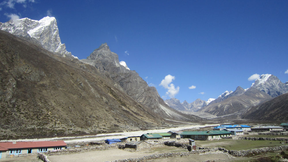 Periche- Tobuche, Chola Che and Lobuche Peaks in the view
