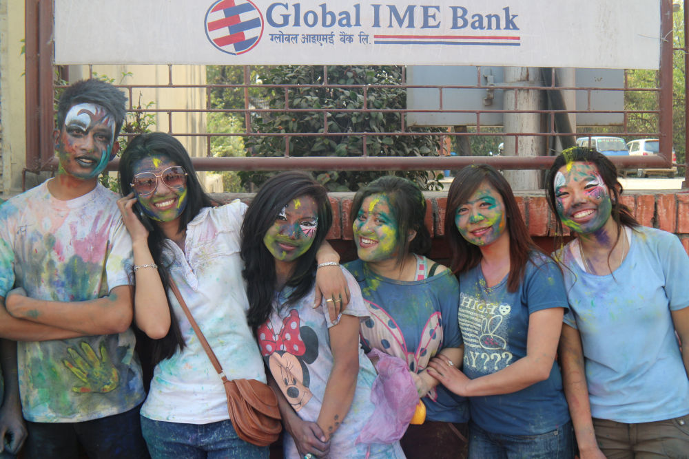 pretty faces of Holi