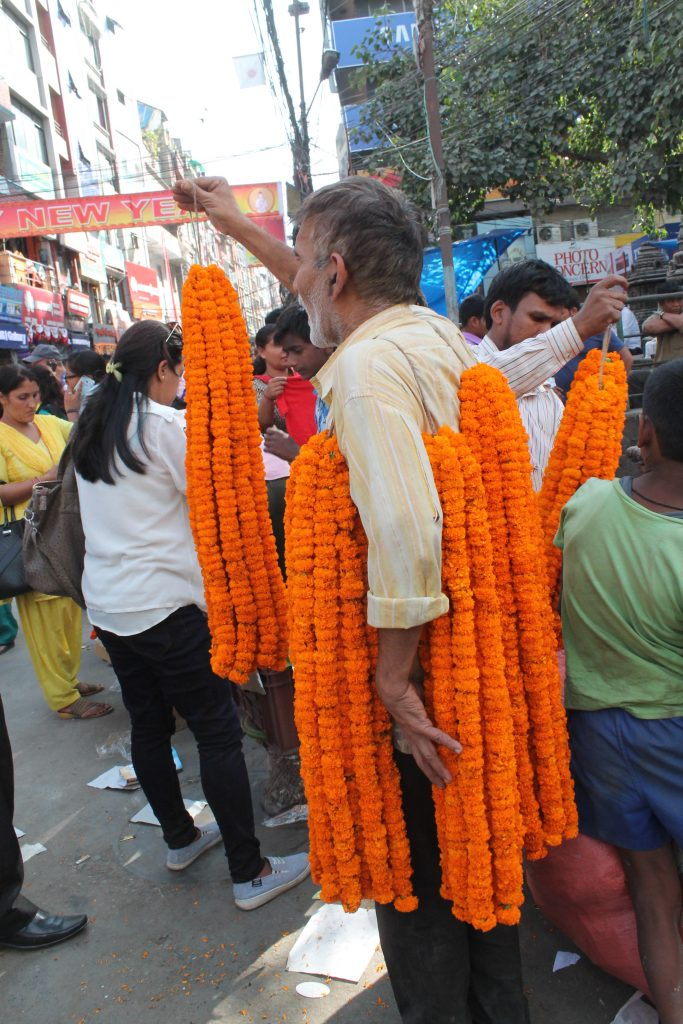 A walking garland showcase in New Road