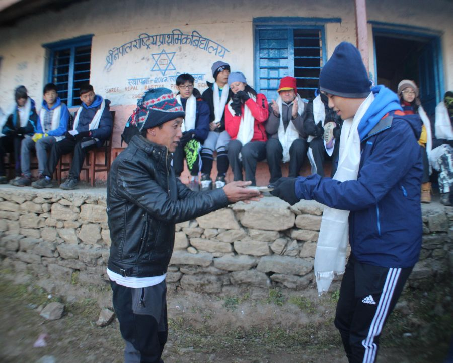 Volunteering-in-Nepal-Langtang-trek-5