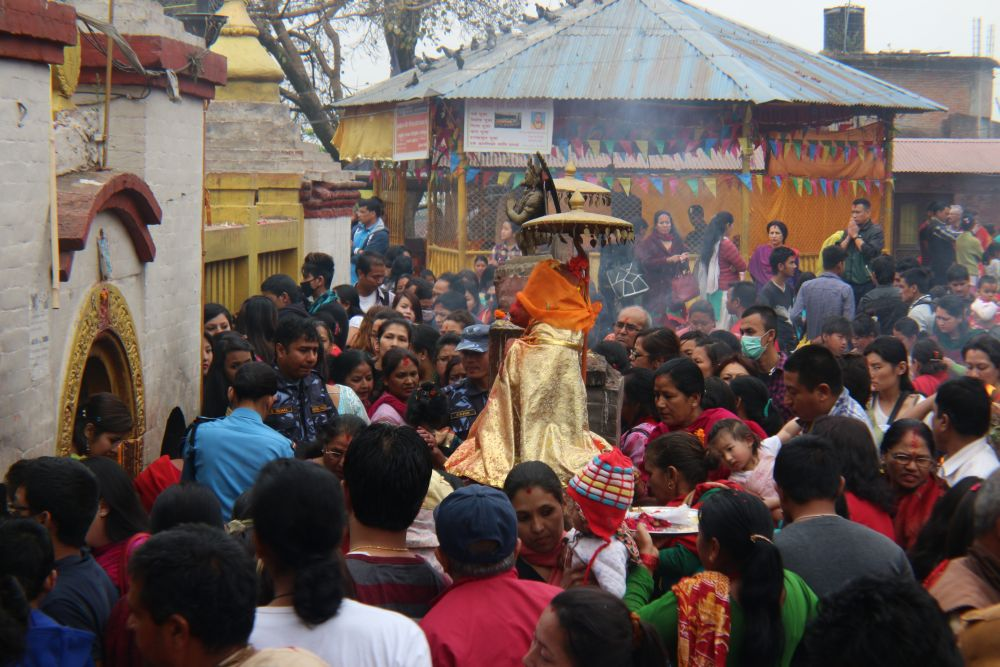 Crowd, hard to control - Budhanilkantha flocks with devotees during Nepali new year