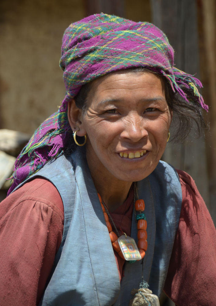 Dolpo woman - Expressing warmth and friendliness