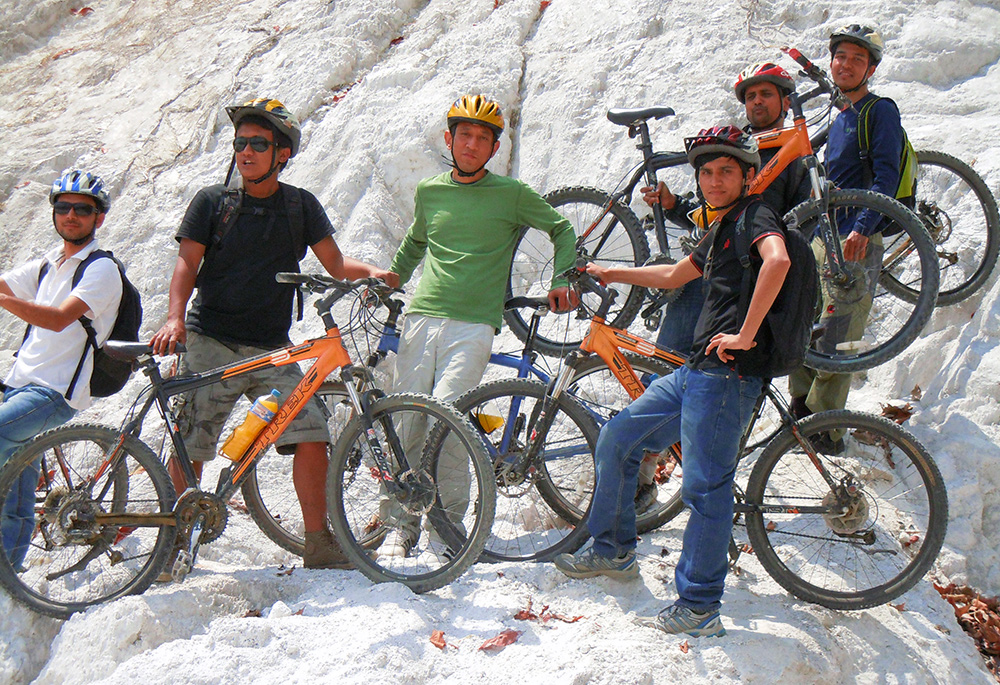 mountain biking around kathmandu valley